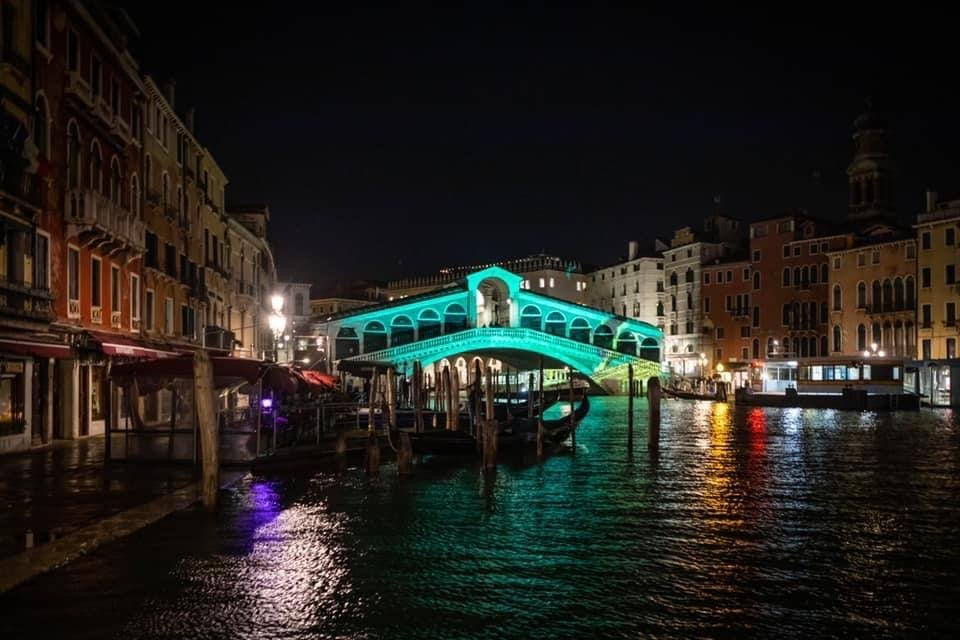ponte di rialto video mapping